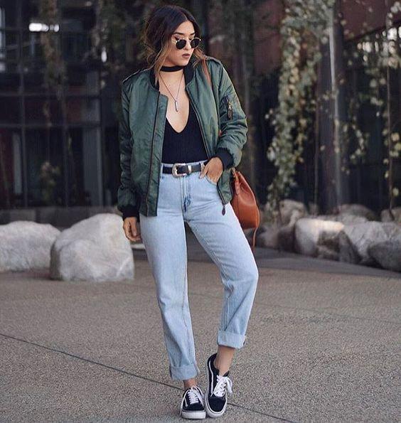 body com mom jeans