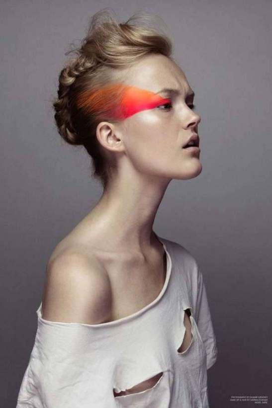 maquiagem colorida com rosa e laranja