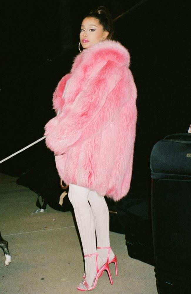 Maxi casaco de pelinho rosa