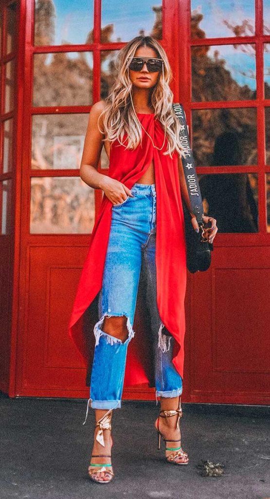 maxi blusa vermelha com jeans destroyed
