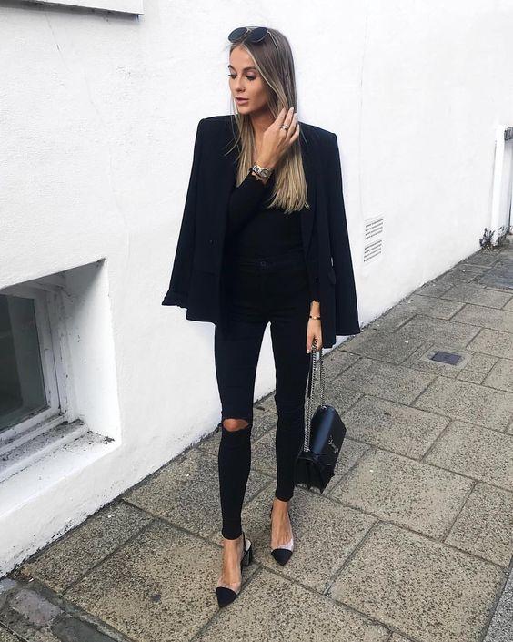 blazer preto e calça skinny preta