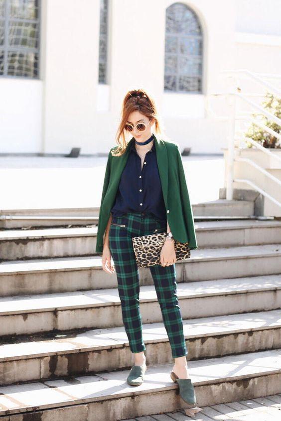 jaqueta e calça xadrez verde