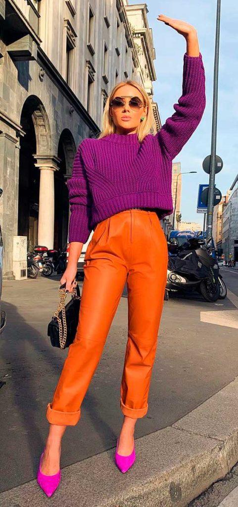 cropped rocho e calça laranja