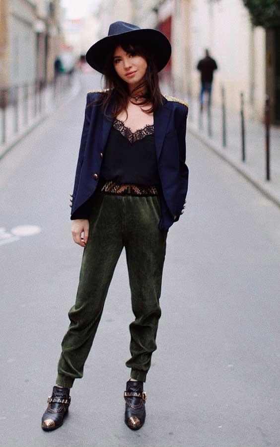 blazer e blusa de renda