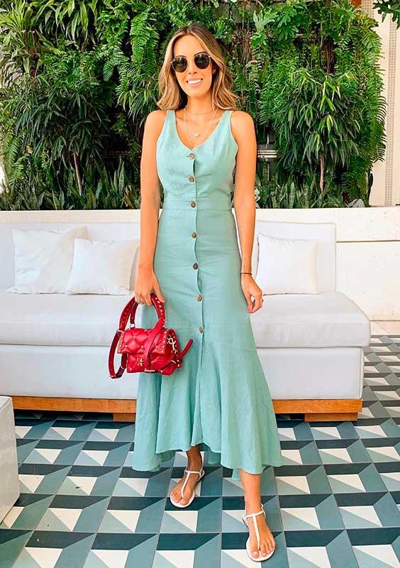 look do dia a dia com vestido verde de botões