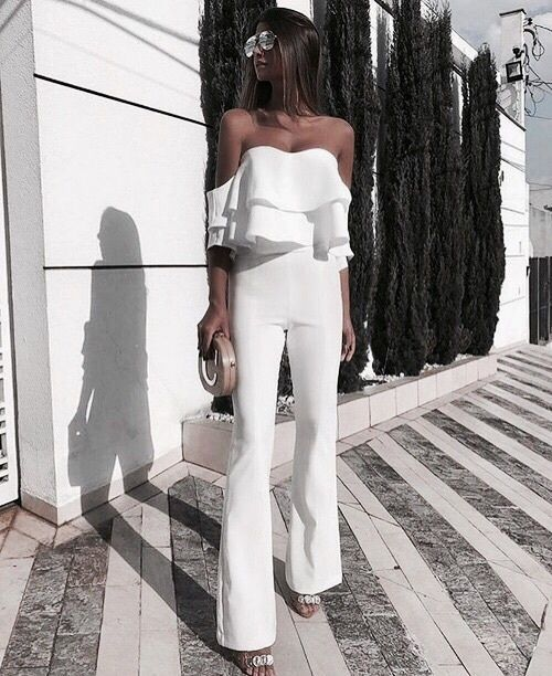 look chique total white