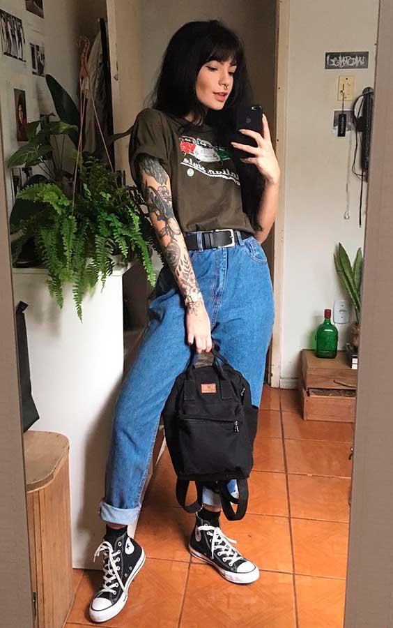 blusa e mom jeans no lollapalooza