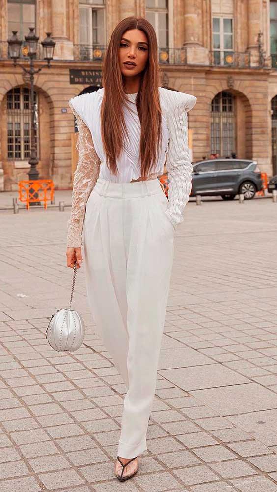 look toral white com ombreiras