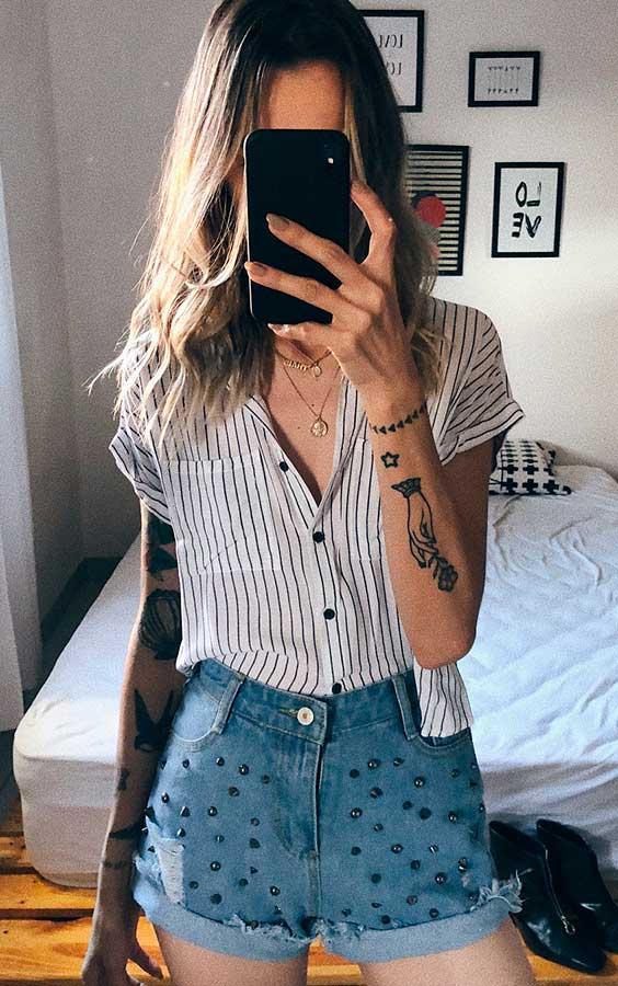 camisa listrada com short jeans