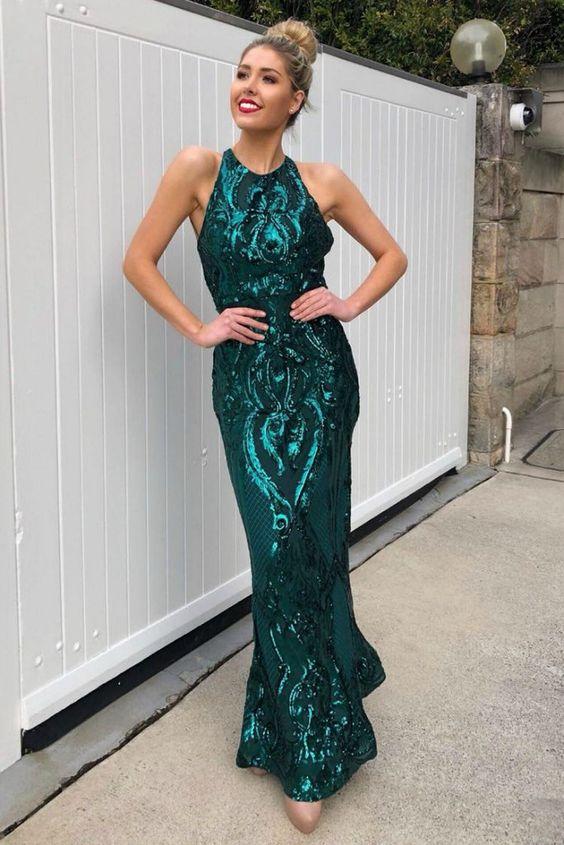 vestido verde com bordado
