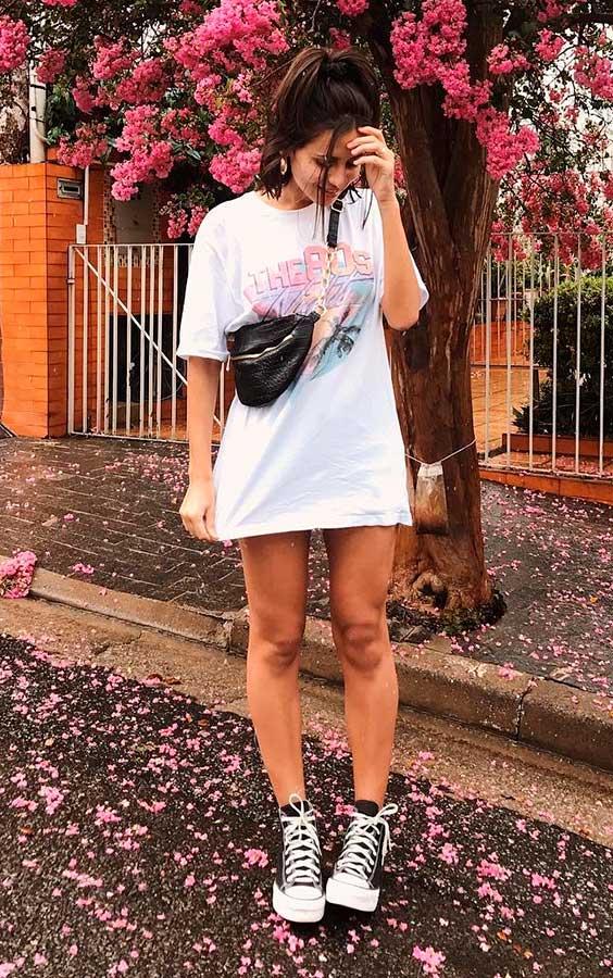 Look do dia a dia com t-shirt dress