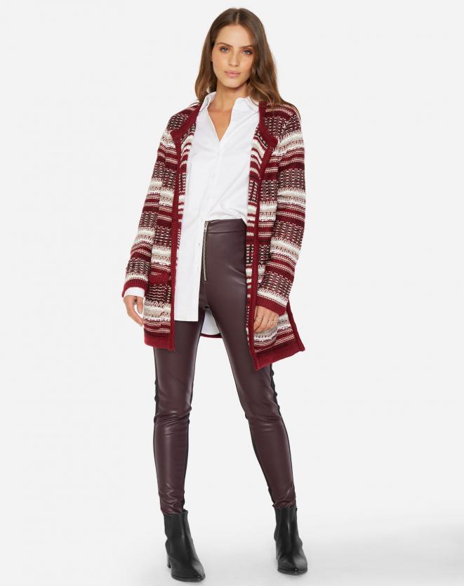 Look de inverno com  calça de couro