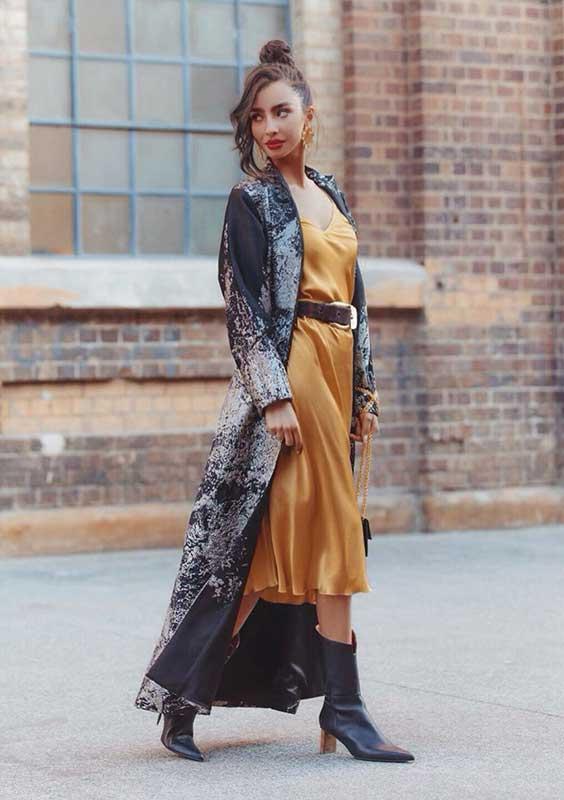 maxi kimono e slip dress de cetim