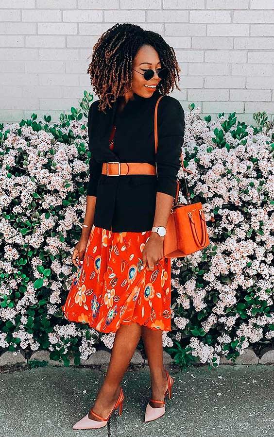 blazer com cinto e vestido floral
