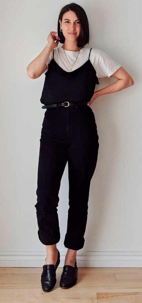 sobreposição com t-shirt e slip dress