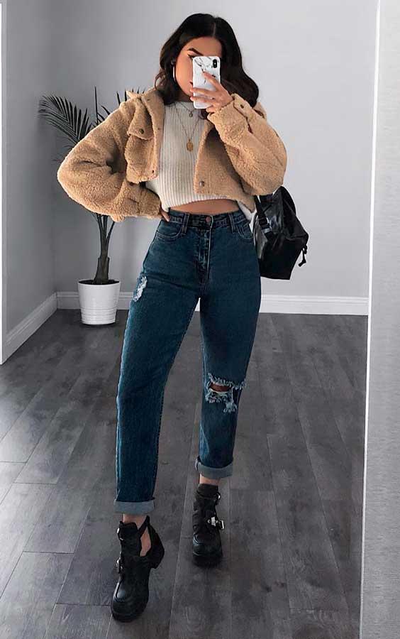 casaco de pelinho cropped