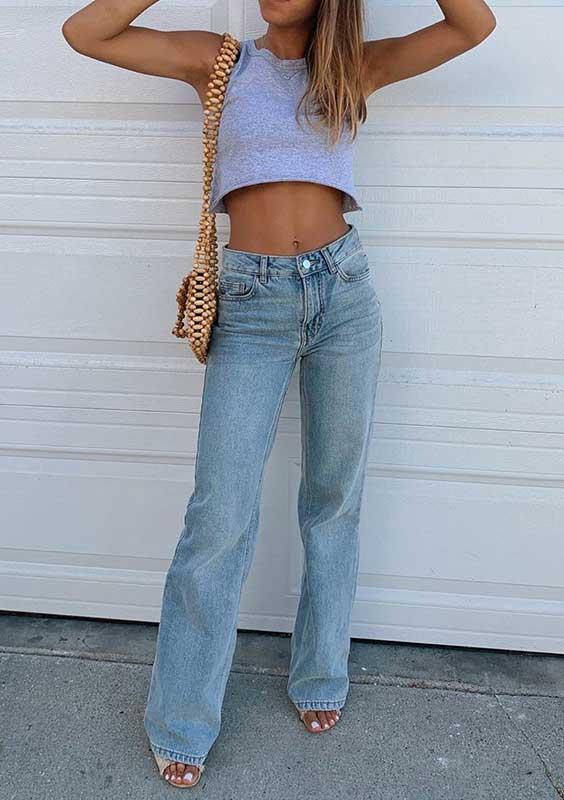 cropped e calça jeans