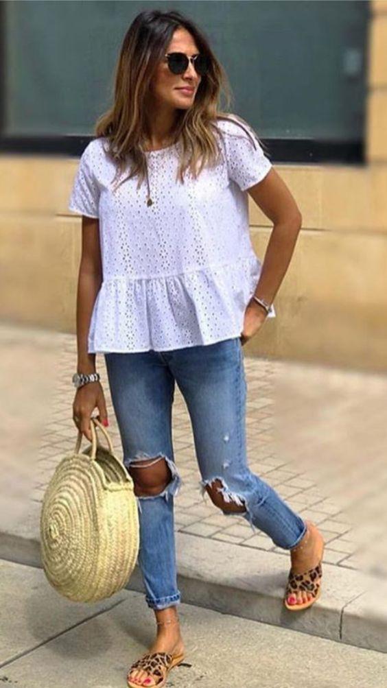 blusa branca solinha e calça jeans