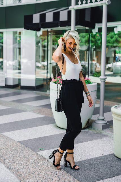 body branco e calça preta
