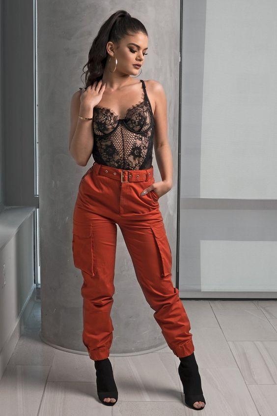 body lingerie e calça jogger