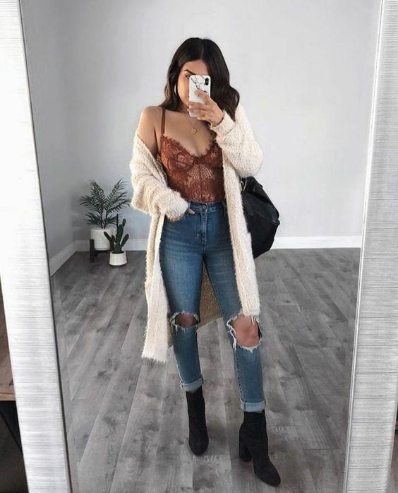 cardigan e calça jeans destroyed
