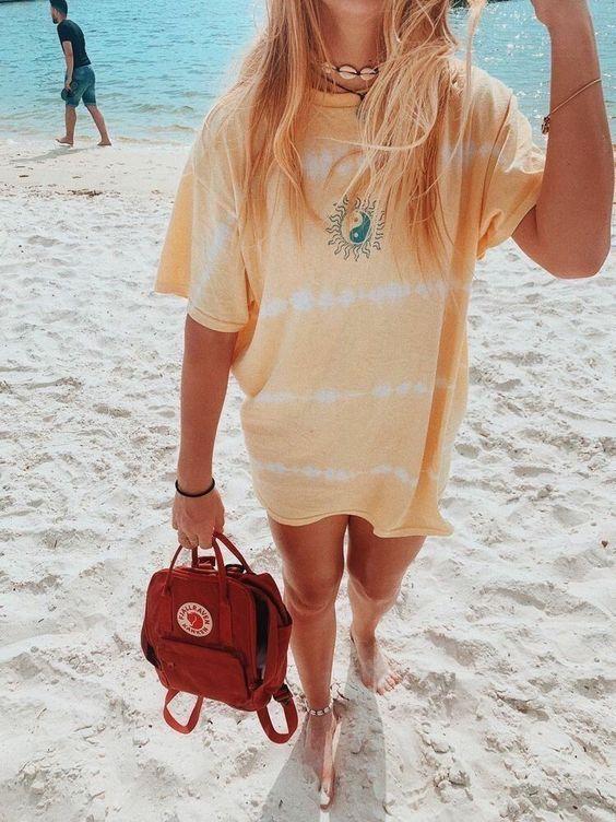 t-shirt dress tie-dye, colar de conchas