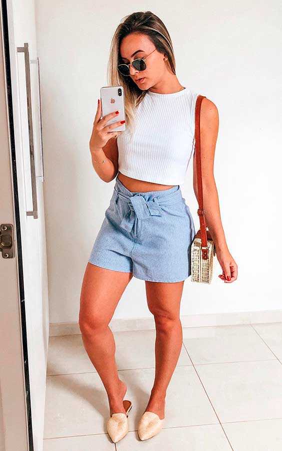 cropped branco, short clochard jeans
