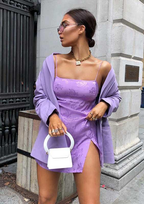 conjunto lilás e mini bolsa branca