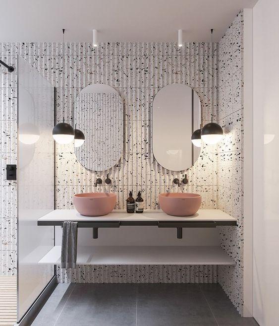 decoração de espelhos no banheiro