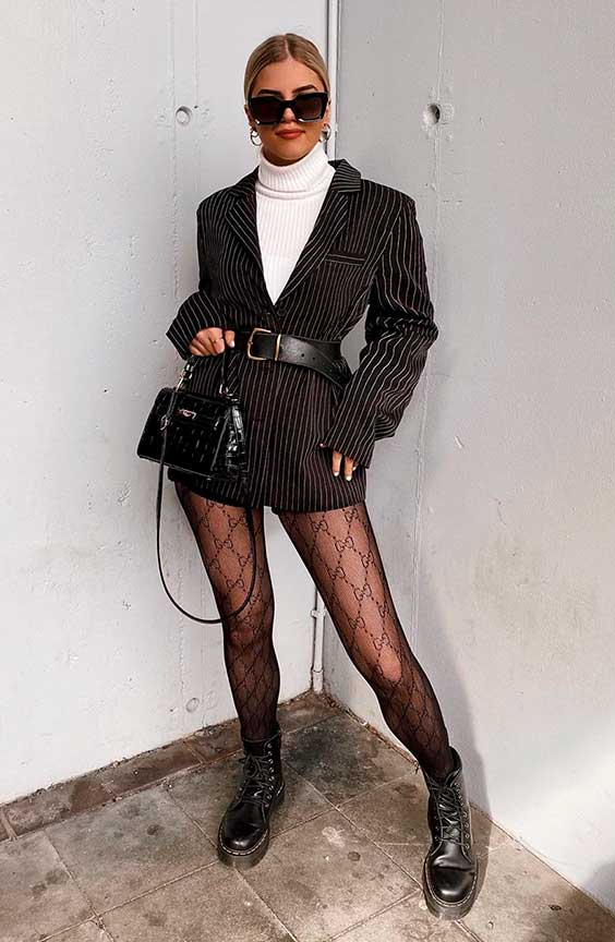 Sophia Schonherr, blazer e meia calça