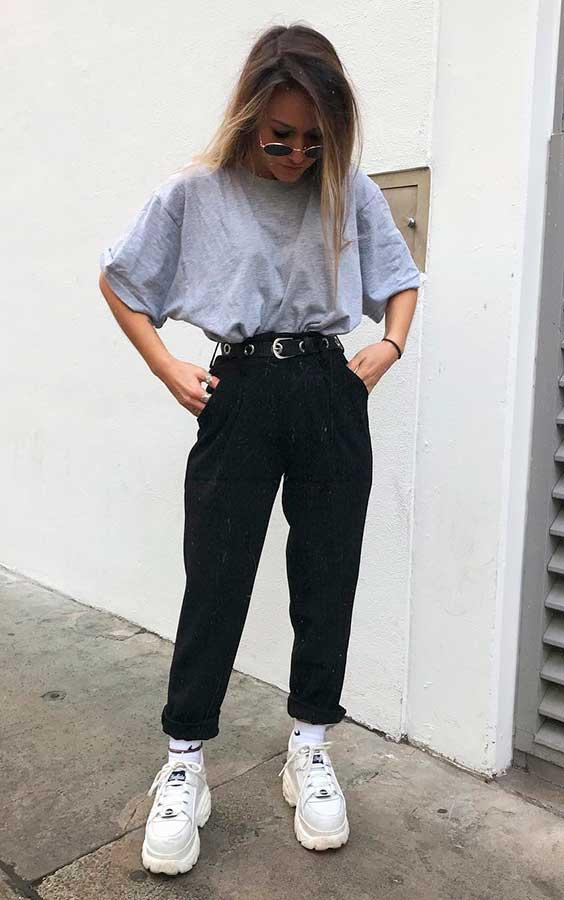 blusa cinza e calça