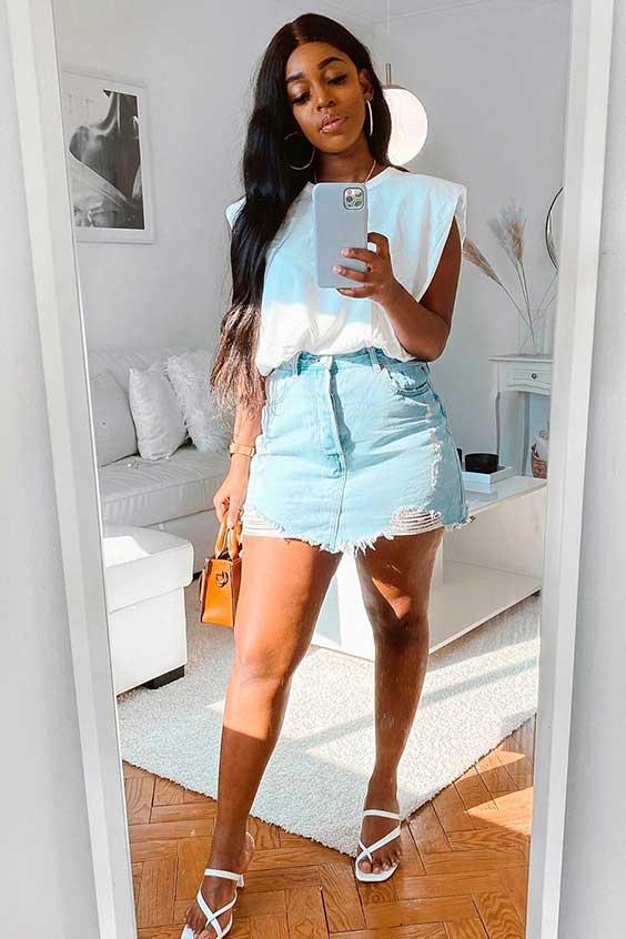 look básico com muscle tee, saia e saia jeans