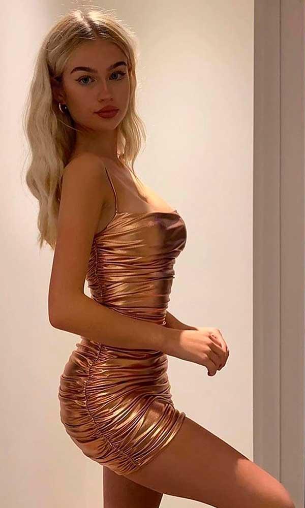vestido curto drapeado rose gold