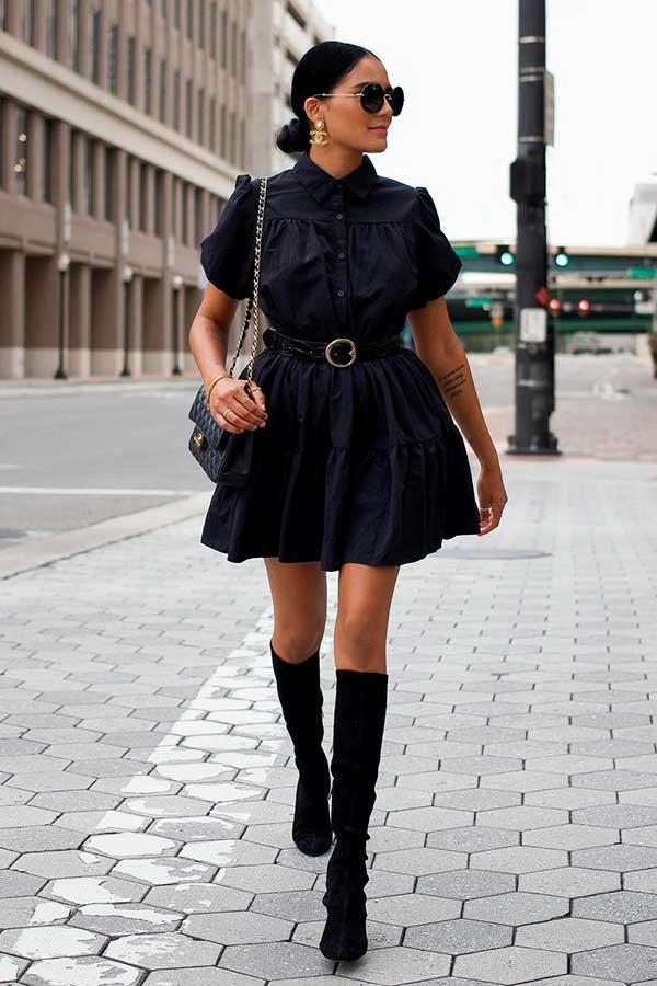 vestido rodado e bota de cano alto