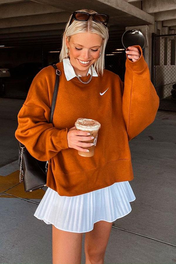 sobreposição com camisa e suéter