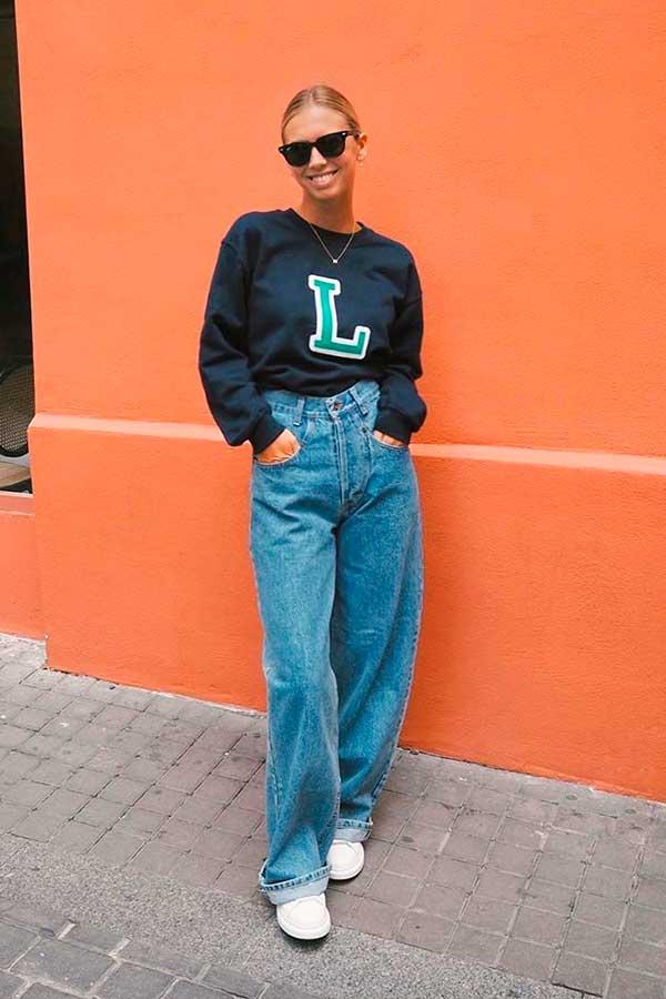 wide leg, calça baggy e blusão de moletom