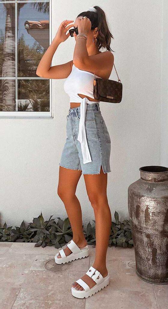 looks fresquinhos, cropped branco, bermuda jeans e sandália birken