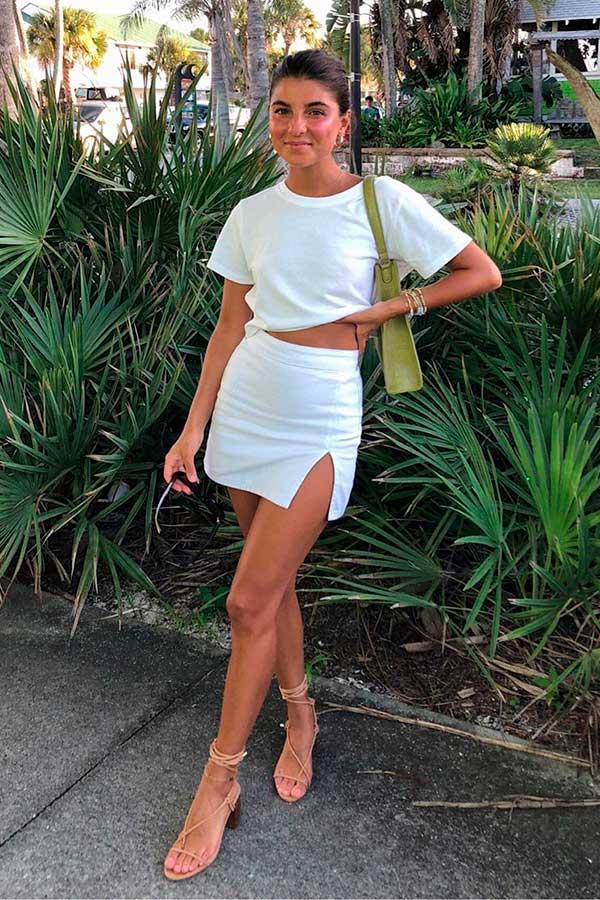 looks fresquinhos, look total white, t-shirt branca minissaia com fenda
