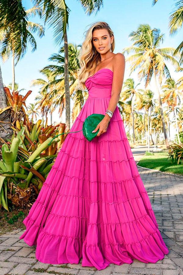look color block, vestido longo rosa e bolsa verde