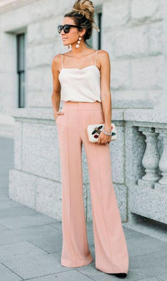 top branco e calça rosa