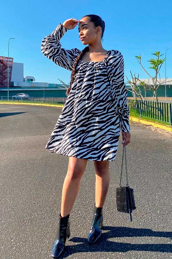 vestido larguinho com estampa de zebra