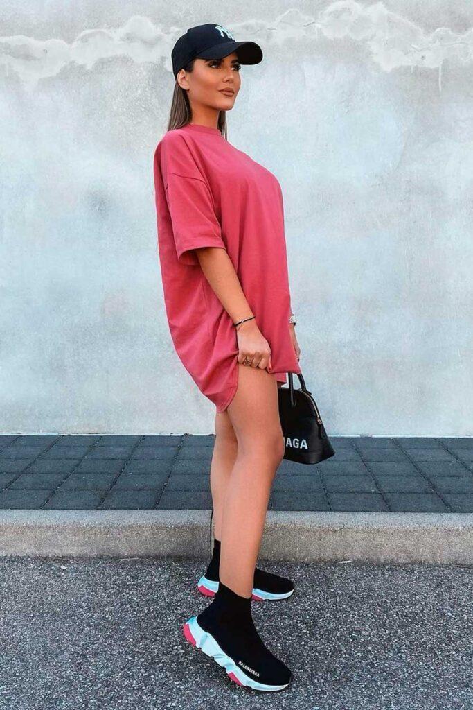t-shirt cress, boné e sapato balenciaga