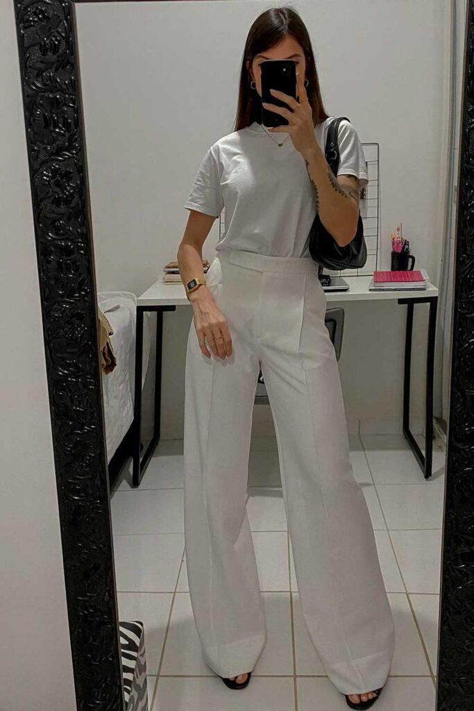 look total white com t-shirt branca e calça wide leg