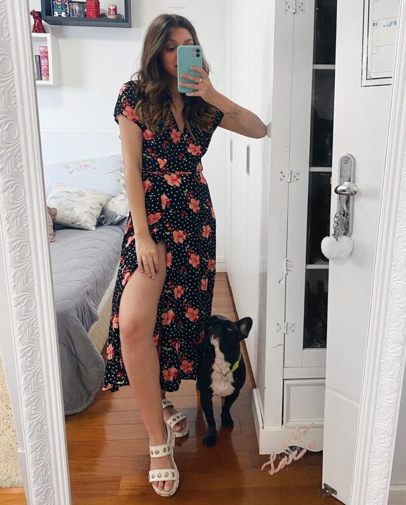 yaah, vestido midi floral e papete