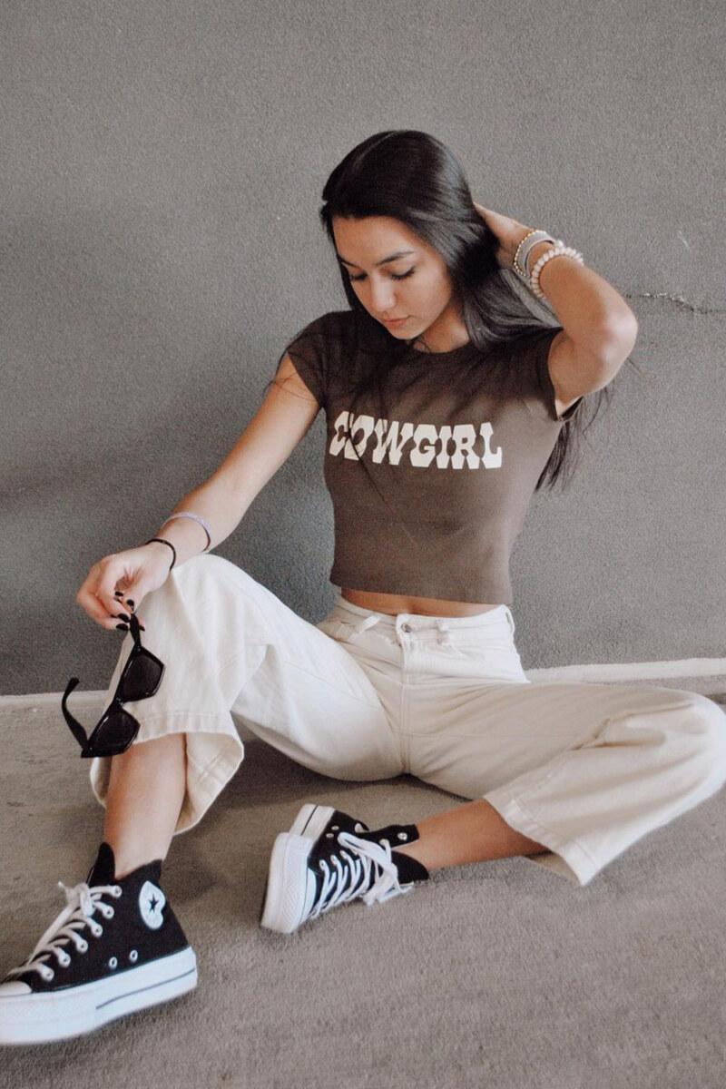 Cowgirl t-shirt: a tendência queridinha das cool girl