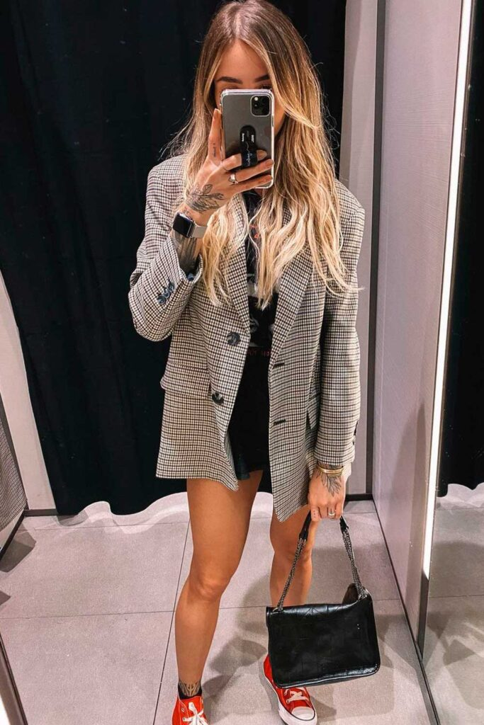 look moderninho, blazer cinza xadrez oversized