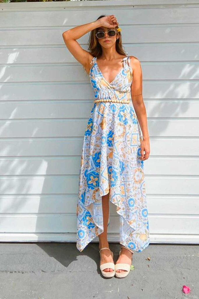 neste verão, vestido floral mullet