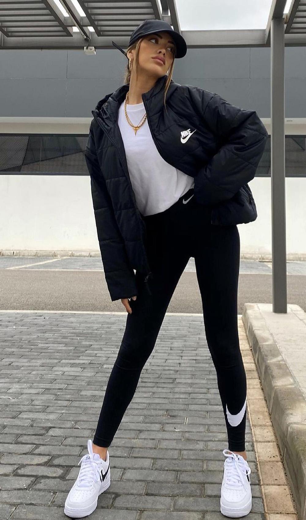 peças coringas, bomber jacket, blusa branca, calça preta e tênis branco