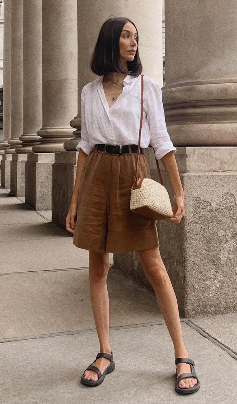 looks práticos, camisa branca, bermuda de alfaiataria