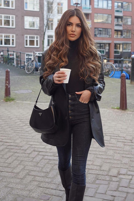casacos, look all black com jaqueta de couro